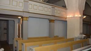 reparationsbygge i Ingå kyrka.