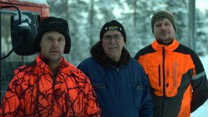 Dennis Gerke, Ulf Bergholm och Gustav Hilden står på rad.