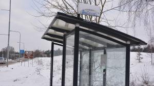 en busshållplats