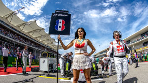 Grid girl vid USA:s GP 2016.