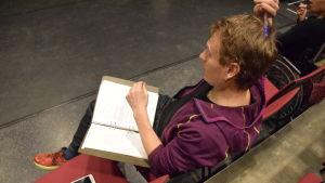 Magnus Dahlerus regisserar.
