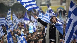 Tusentals greker demonstrerar i Thessaloniki 21.1.2017 mot att grannlandet Makedonien använder namnet Makedonien.