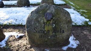 Jägare Simon Ilolas grav i Kellinghusen