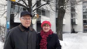 Mauno och Elvi Viitanen på Drumsö.