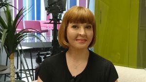 Lentoturmasta selvinnyt Ulrika Björkstam vieraana Puoli seitsemässä