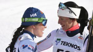 Krista Pärmäkoski och Marit Björgen.