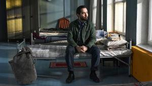 Aki Kaurismäen elokuva kertoo syyrialaisesta pakolaisesta ja suomalaisesta kauppamatkustajasta.