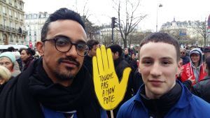 Jonathan Hefetz och Ethan Cohen deltog i demonstrationen.