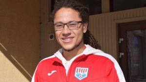 Tyler David är ny fotbollsspelare i BK-46 i Karis.