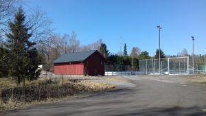 Isbanor i Ingå kyrkby på ett ormåde som kallas Ingåstrand där det planeras bostadsmässa.