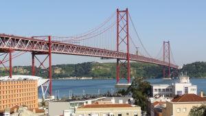 25 april-bron i Lissabon