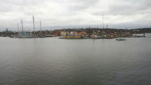 Vy över Stockholm från en Viking Grace-hytt