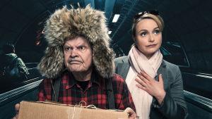 Radioteatteri esittää: Mielensäpahoittaja maailmalla. Kuvassa roolihahmoina näyttelijät Heikki Kinnunen ja Emilia Sinisalo
