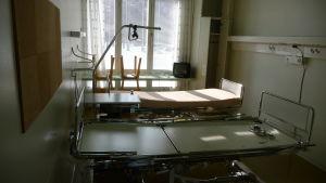 Sjukhussängar på sanatoriet i Pemar.