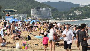 Också kineserna uppskattar sandstränder. När de reser utomlands föredrar de ändå i allmänhet berömda städer och historiska sevärdheter.