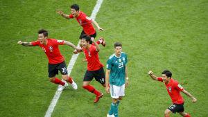 Tysklands Mario Goméz efter förlusten mot Sydkorea i fotbolls-VM 2018.