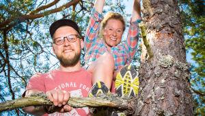 Uusi sarja tutkii suomalaisten puiden salaista elämää. Toimittajina Minttu Heimovirta ja Markku Sipi.