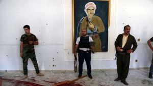 Kurdiska säkerhetsstyrkor säger sig ha dödat tre misstänkta IS-medlemmar som angrep regeringshögkvarteret i Erbil på måndag morgon