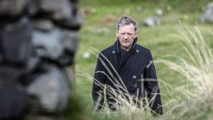 Komeisiin Shetlannin maisemiin asettunut rikostutkija Jimmy Perez jatkaa tutkimuksiaan uusissa jaksoissa.