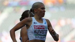Sara Kuivisto löper medeldistans.
