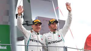 Bottas och Hamilton kör för Mercedes.