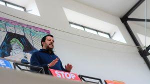 Matteo Salvini på besök i Apulien