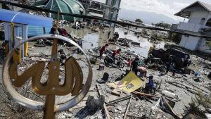 Förstörelsen i Talisi Beach, Palu. Bilden tagen på söndagen 30.9.2018.
