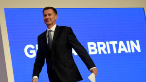 Utrikesminister Jeremy Hunt hotar att avslöja GRU och att vidta motåtgärder tillsammans med allierade