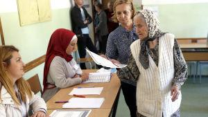 Väljarna röstade även denna gång rätt långt enligt etnisk identitet