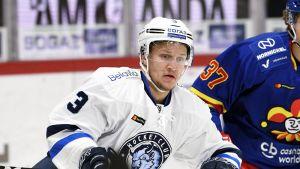 Teemu Pulkkinen är Minsks poängetta men blev utan poäng mot Jokerit.
