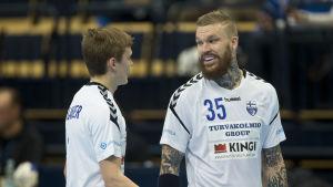 Benjamin Helander och Teemu Tamminen.