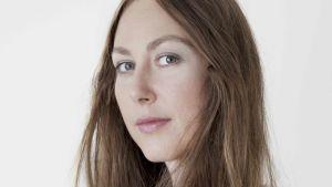 Svenska skådespelaren Caroline Donath spelar Axel von Fersen.