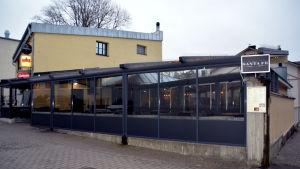 Fasadbild av krogen Sant Fé i Ekenäs.