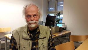 Kaj Björkqvist är professor i utvecklingspsykologi vid Åbo Akademi