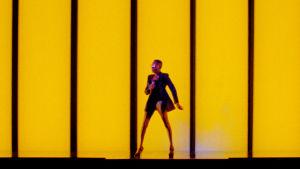 Grace Jones esiintymislavalla