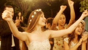 Tyttö tanssii elokuvassa Mustang
