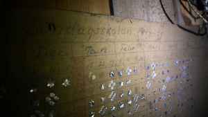 En anslagstavla från söndagsskolan 1949-50 där man delat ut stjärnor till eleverna.