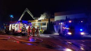 brand i Temateks byggnad i St Karins.