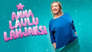 Anna Laulu Lahjaksi -konsertin juontaja Olga Ketonen