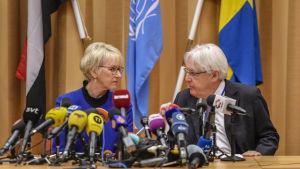 Sveriges utrikesminister Margot Wallström och FN:s Jemensändebud Martin Griffiths under den gemensamma presskonferensen på torsdagen 6.12.