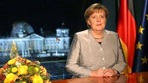 Angela Merkels bandade nyårshälsning sänds på måndag kväll