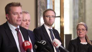Antti Kaikkonen, Leena Meri och Simon Elo den 15 januari 2019.