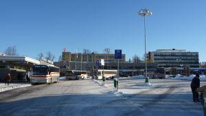 Bussar på Borgå torg.