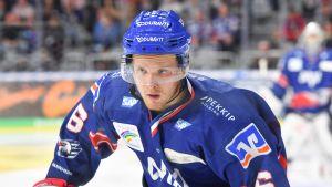 Joonas Lehtivuori spelar ishockey i den tyska ligan.