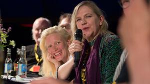 Laura Birn ja Liselott Forsman / Kotimaisten elokuvantekijöiden keskustelu Sodankylän elokuvajuhlilla 2016.