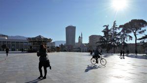Skanderbegtorget, det största torget i Albaniens huvudsatd Tirana.