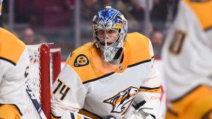 Juuse Saros är ishockeymålvakt.