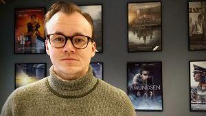 Den norske manusförfattaren Petter Holmsen