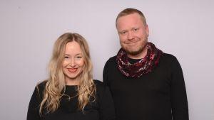 Bloggaajat Laura Satamo ja Sami Minkkinen.