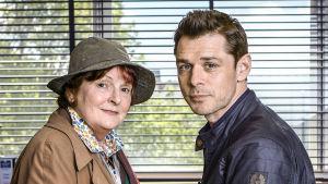 Vera Stanhope tutkii -sarjan päärooleja näyttelevät Brenda Blethyn ja Kenny Doughty.